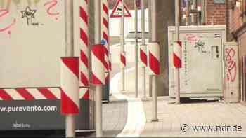 Radler in Kiel fahren wegen Luftreinigungsanlagen Slalom - NDR.de