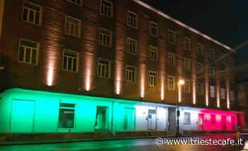 Il 12 maggio ricorre la giornata mondiale per la Fibromialgia, a Trieste illuminato l'Urban Center - triestecafe.it