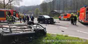 Unfall in Neunkirchen-Seelscheid: Autofahrer überschlägt sich nach Zusammenprall - Kölnische Rundschau