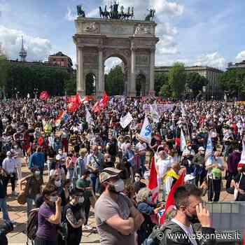 Milano Unita: a manifestazione Arco della Pace per difesa libertà - askanews