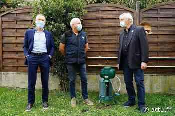 Escalquens met le paquet contre les moustiques en installant pièges et bornes chez les habitants - actu.fr