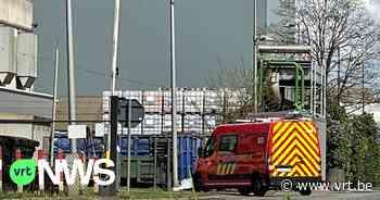 100 werknemers geëvacueerd bij Picanol Ieper na brand aan machine - VRT NWS