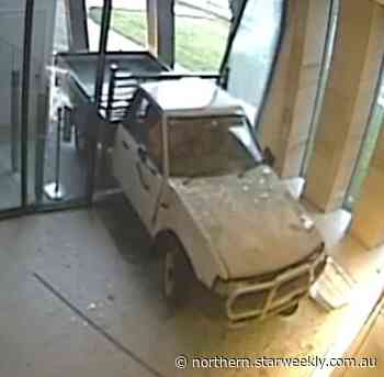Police release image of attempted Craigieburn ram raid | Northern - Star Weekly