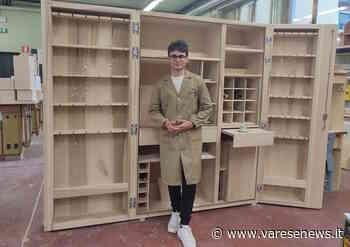 Christian, il baby falegname di Luino che ha realizzato il mobile bar per la sala mensa della scuola - varesenews.it