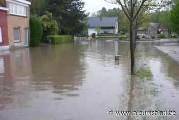 Hevig onweer verandert rotonde in eiland (Ronse) - Het Nieuwsblad