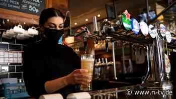 Großbritannien kurz vor Öffnung: Expertin: Lockerungen gießen Öl ins Feuer