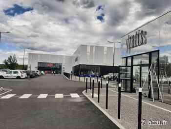 Auterive. Coiffeur, boulangerie et œuvre d'art : du nouveau au centre commercial Retail park - La Voix du Midi Lauragais