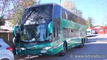 Lampa: Interceptaron bus que habría transportado a 58 personas en situación migratoria irregular - ADN Chile
