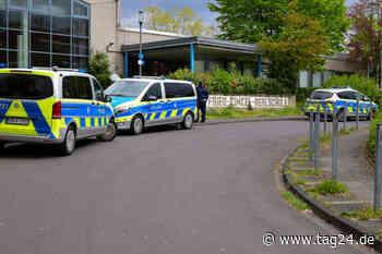 Nach Schul-Evakuierung in Erftstadt wegen verdächtiger E-Mail: Staatsschutz ermittelt - TAG24