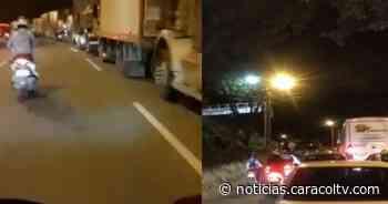 Bloqueos en la autopista Medellín-Bogotá y al ingreso de Girardota por paro nacional - Noticias Caracol
