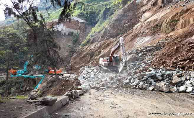 Cierre en la vía Cajamarca-Calarcá: a los bloqueos se sumó un derrumbe - El Espectador