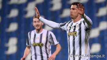 """Mamma Ronaldo gela la Juve: """"Convincerò Cristiano a tornare allo Sporting"""" - La Stampa"""
