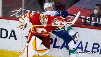 Elias Lindholm, Matthew Tkachuk lead the way as Flames crunch Canucks