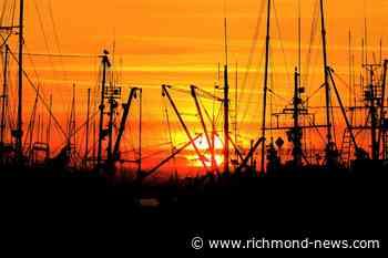 Photo: Beautiful Richmond...fishing for the sunset - Richmond News