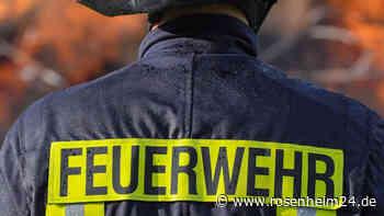 40.000 Euro Sachschaden: Schuppen, Gartenhaus und Garage stehen in Flammen