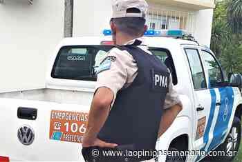 Allanaron y desarmaron a policía retirado denunciado por acoso en Santa Lucía   La Opinión - La Opinión Semanario