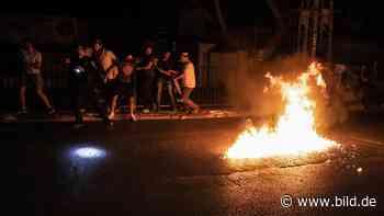 Gewalt-Welle in Israel: Mobs zerstören Geschäfte und lynchen Menschen - BILD