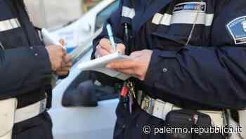 Palermo, liquidi puzzolenti sversati in un cantiere: terreno sequestrato - La Repubblica