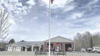 New flag pole raised at Trout Lake Emergency Center - Herald Review
