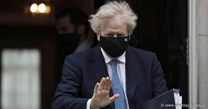 Covid, la variante indiana preoccupa la Gran Bretagna: Jonhson annuncia accelerazione dei richiami e prime dosi gli over 40