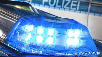 Unfall bei Lensahn: Reifen geplatzt – Sattelzug prallt auf A1 gegen Mittelplanke   shz.de - shz.de