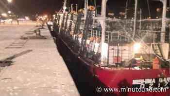 Amarró un pesquero con 22 tripulantes con coronavirus en Comodoro Rivadavia - Minutouno.com