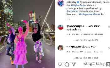 Higher Power, i Coldplay lanciano il balletto ufficiale: il video tutorial - Sky Tg24