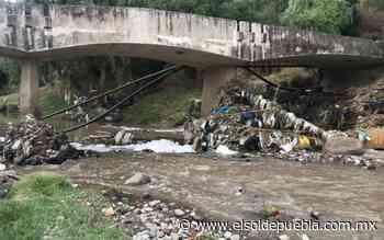 Desechos, troncos y hasta ropa obstruyen ríos y barrancas de Puebla - El Sol de Puebla