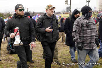 Proud Boys formed smaller group for Jan. 6, prosecutors say