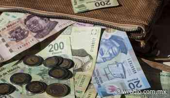¿El banco tiene la obligación de cambiarme las monedas y los billetes? - W Radio México