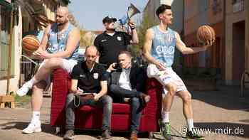 """Doku über Baskets Wolmirstedt: """"BUILT TO WIN"""" – eine Saison mit Basketball-Profis in der Provinz - MDR"""