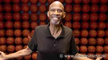 Neue Auszeichnung in der NBA - Kareem Abdul-Jabbar Award - Süddeutsche Zeitung - SZ.de