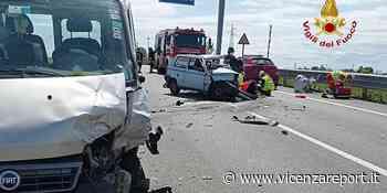 Lonigo: frontale auto-furgone, 4 feriti, uno grave - Vicenzareport
