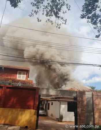 Incendio consume vivienda en barrio Boquerón de CDE - ABC en el Este - ABC Color