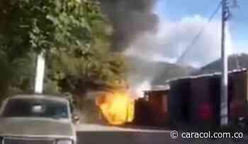 Dos heridos dejó explosión de pipeta de gas en San Gil - Caracol Radio