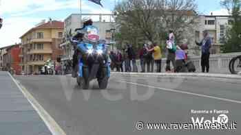 Passaggio di tappa del Giro a Faenza - Ravennawebtv.it