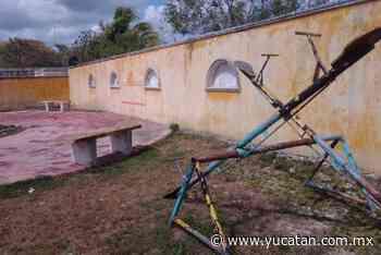 ''Abandonan'' parques y servicios en Izamal - El Diario de Yucatán