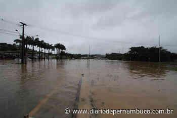Igarassu registra 12 deslizamentos de barreiras sem vítimas | Local - Diário de Pernambuco