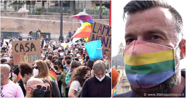 """Omotransfobia, a Roma il presidio per il ddl Zan: """"Legge da approvare senza compromessi"""". Il deputato Pd: """"Tuteliamo chi è discriminato"""""""