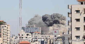 Israeli airstrike in Gaza destroys building housing foreign media