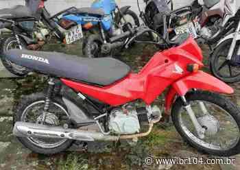 PM localiza moto roubada durante patrulhamento em Murici - BR 104