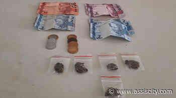 Duas pessoas são presas por tráfico de drogas em Assis - Assiscity