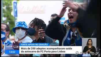 Mais de 200 adeptos acompanharam saída do autocarro do FC Porto - RTP