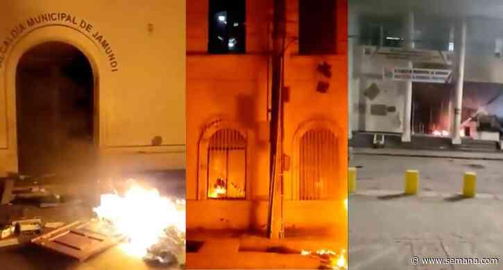 Madrugada tenebrosa: incendian Alcaldía de Jamundí y sede del Concejo - Semana