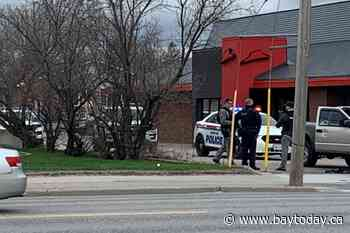 Update: Police asking residents to avoid Lakeshore Drive - BayToday.ca