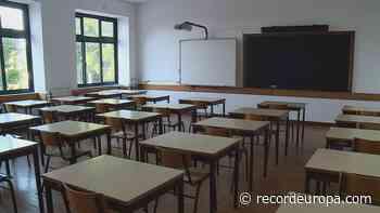 Mãe agredida à porta de escola em Vila Nova de Gaia - Record TV Europa - Record TV Europa