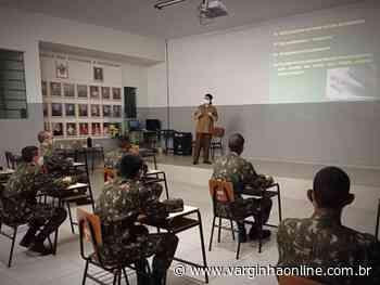 Polícia Ambiental realiza palestras aos atiradores do Tiro de Guerra de Lavras sobre ofidismo - Varginha Online