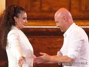 """Arisa e Zerbi, gelo in studio:""""Ho messo le mani dove non dovevo"""""""