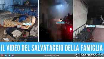 Casa distrutta dalle fiamme a Casavatore, poliziotto eroe salva bimbo di 9 anni - Internapoli
