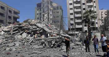 Israeli airstrikes kill 42 and topple buildings in Gaza City